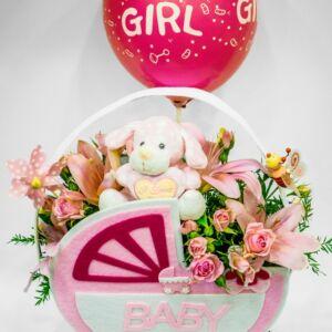 Σύνθεση για νεογέννητο κοριτσάκι με αρκουδάκι και μπαλόνι